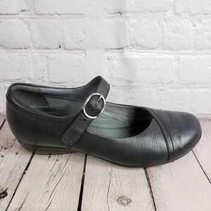 Dansko Mary Jane Clog Loafers Womens 9 40 Shoes